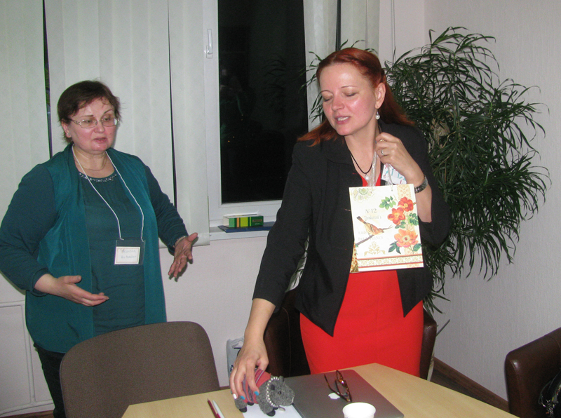 South-Africa-Minsk-ICAN-Club-gift-giving2.jpg