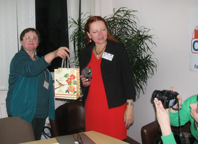 South-Africa-Minsk-ICAN-Club-gift-giving1.jpg